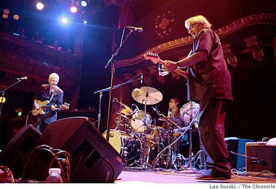 Nick Lowe (l to r), Jim Kletner and Ry Cooder perform at the Great American Music Hall at the second annual benefit for the Richard de Lone Special Housing Project on Thursday, October 2, 2008 in San Francisco, Calif. Photo: Lea Suzuki,, The Chronicle