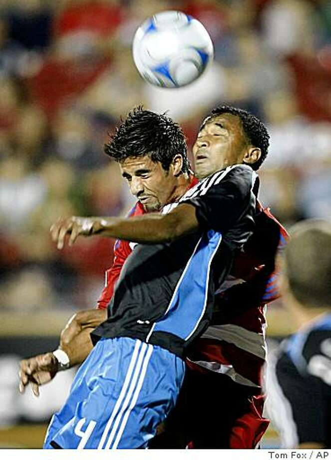 FC Dallas midfielder Marcelo Saragosa, left, and San Jose defender James Riley (4) go for a high ball in front of the goal in a soccer game at Pizza Hut Park in Frisco,  Texas, Thursday, Oct. 2, 2008. (AP Photo/Dallas Morning News,Tom Fox) ** MANDATORY CREDIT, NO SALES, MAGAZINES OUT, TV OUT, INTERNET USE BY AP MEMBERS ONLY ** Photo: Tom Fox, AP