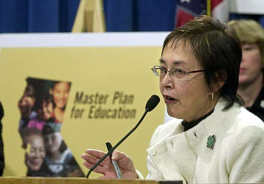 Assemblywoman Carol Liu, D-South Pasadena, discusses her proposed legislation that is aimed at luring qualified teachers to lower performing schools, during a Capitol news conference in Sacramento, Calif., Tuesday, Feb. 4, 2003. (AP Photo/Rich Pedroncelli) Photo: Rich Pedroncelli, AP