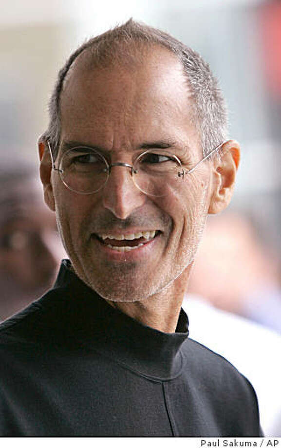 """? Apple Inc. CEO Steve Jobs and several other senior executives and board members have agreed to settle a lawsuit that claimed the company was damaged by their role in Apple?s mishandling of stock option awards.Apple CEO Steve Jobs smiles after a product announcement in San Francisco, Tuesday, Sept. 9, 2008. Jobs joked about the speculation on his health Tuesday, kicking off an Apple event by flashing a message on a screen that """"The reports of my death are greatly exaggerated.""""  (AP Photo/Paul Sakuma) Photo: Paul Sakuma, AP"""