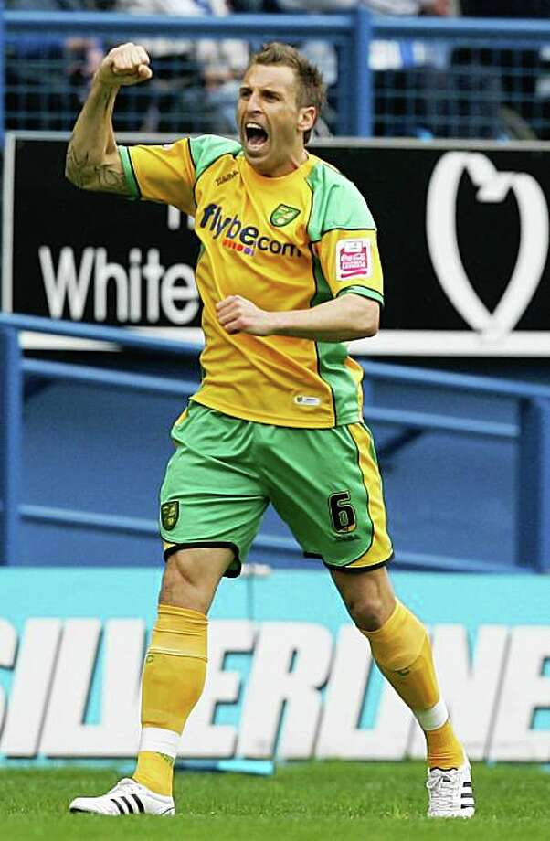 SHEFFIELD, UNITED KINGDOM - MAY 04:  Darren Huckerby of Norwich celebrates his goal during the Coca-Cola Championship match between Sheffield Wednesday and Norwich City at Hillsborough on May 4, 2008 in Sheffield, England.  (Photo by Matthew Lewis/Getty Images) Photo: Matthew Lewis, Getty Images