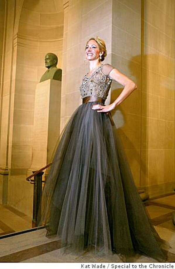 SFBALLETFASH25_060_KW.JPG TOP FIVE CANDIDATES:   San Francisco Ballet benefactor chair, Angelique Griepp wears an Oscar de la Renta gown for the 75th diamond anniversary  gala for the opening night of the San Francisco Ballet at City Hall  on  Thursday, January 24, 2008 in San Francisco, Angelique Griepp(CQ, Subject) Photo: Kat Wade, Special To The Chronicle