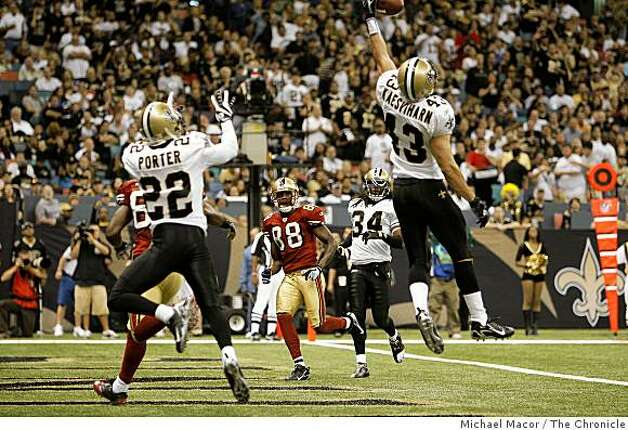 New Orleans Saints Kevin Kaesviharn (43) reaches up to make an interception in the end zone in the 3rd quarter at the New Orleans Superdome in New Orleans, La.  on Sunday Sept. 28, 2008. Photo: Michael Macor, The Chronicle