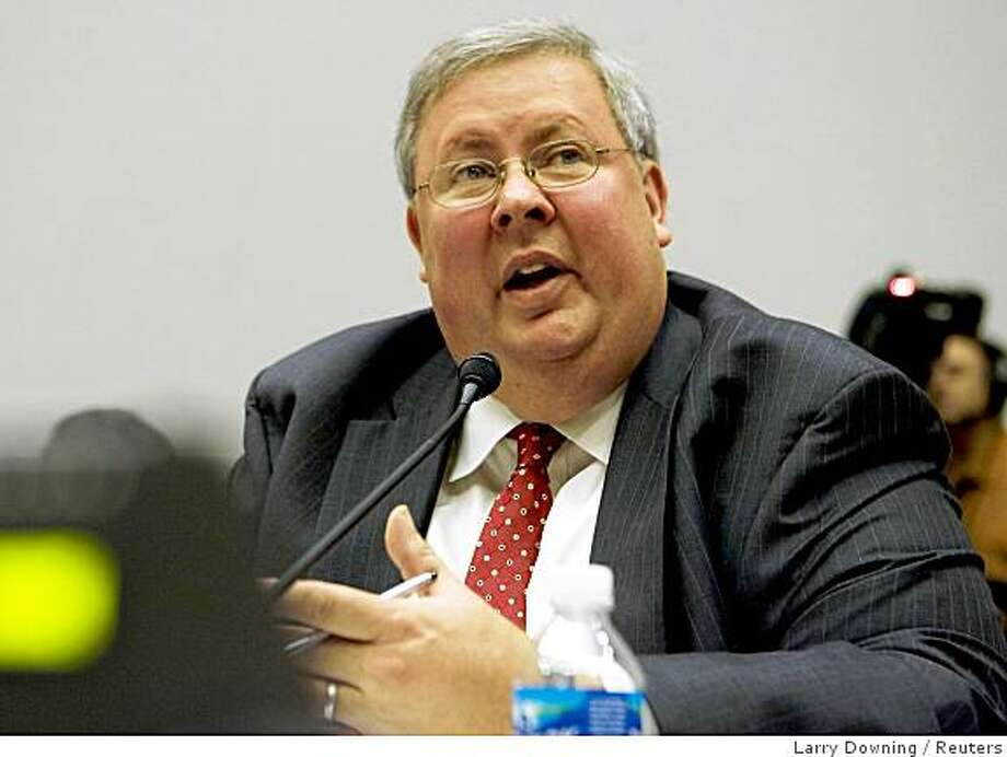 Assistant HUD Secretary for Housing and Federal Housing Commissioner Brian Montgomery testifies before the House Financial Services Committee about housing foreclosures on Capitol Hill in Washington, September 17, 2008.       REUTERS/Larry Downing  (UNITED STATES) Photo: Larry Downing, Reuters