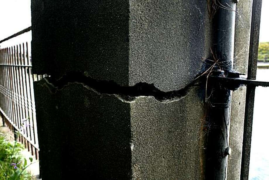 Seen is one of the many cracks at the Twin Peaks Facility that explain how the city's water delivery system is seismically unsafe on Monday, April 12, 2010 in San Francisco, Calif. Photo: Jessica Pons, The Chronicle