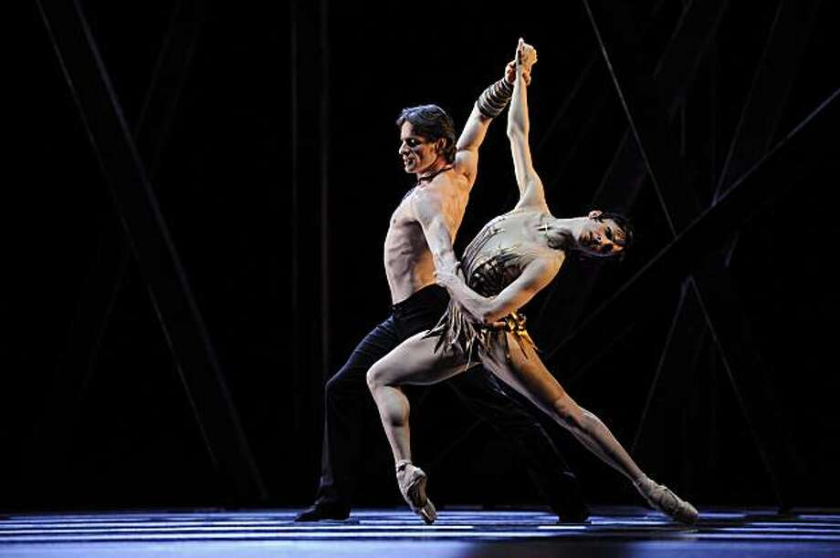 "Pascal Molat and Lorena Feijoo in  Zanella's ""Underskin,"" part of Program 6 at San Francisco Ballet Photo: Erik Tomasson, Courtesy SF Ballet"