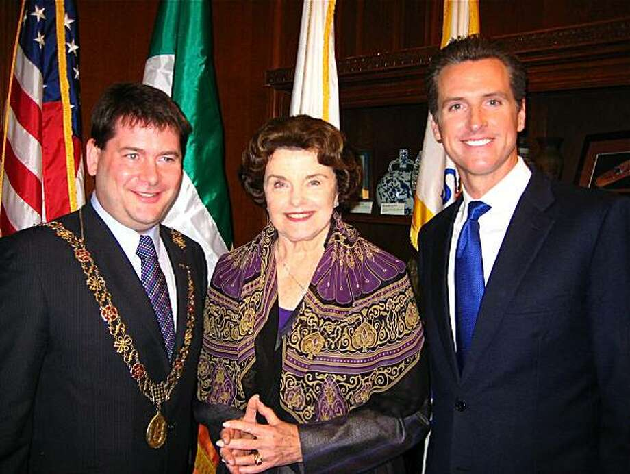 Lord Mayor of Cork Dara Murphy, Sen. Dianne Feinstein and Mayor Gavin Newsom at City Hall. April 2010. Photo: Catherine Bigelow, Special To The Chronicle