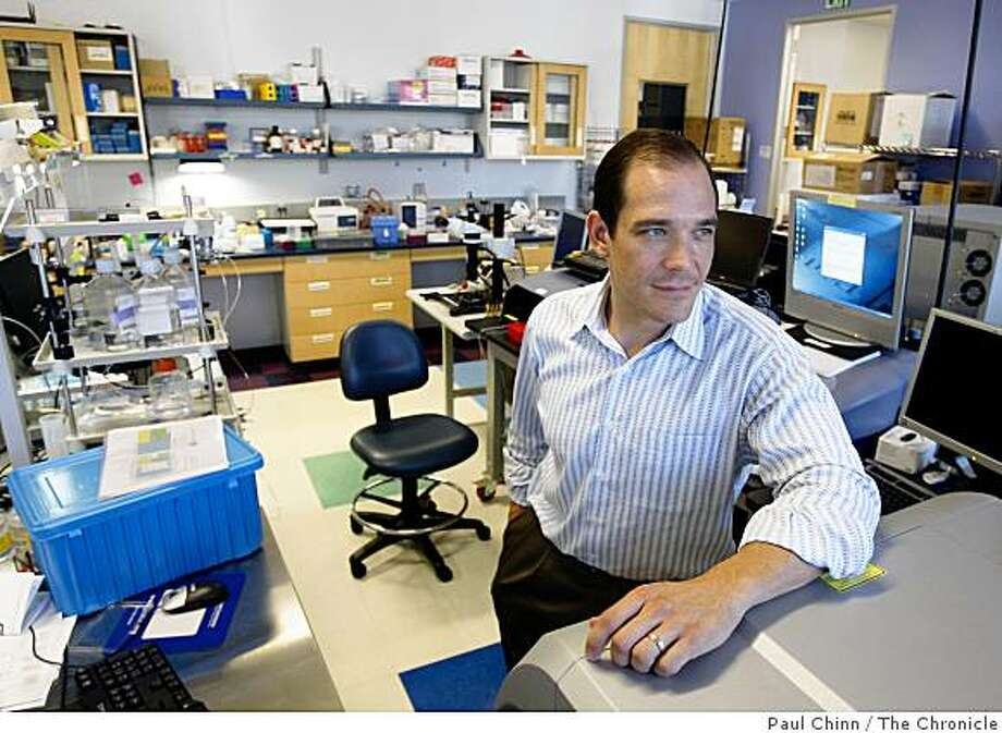 Gajus Worthington, president and CEO of Fluidigm Corp., is seen in a lab where genetic detection chips are tested in South San Francisco, Calif., on Thursday, Sept. 25, 2008. Fluidigm was in the process of going public but withdrew the IPO after the market took a nosedive. Photo: Paul Chinn, The Chronicle