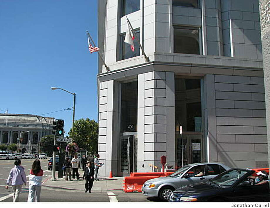 Superior court building in s.f. Photo: Jonathan Curiel