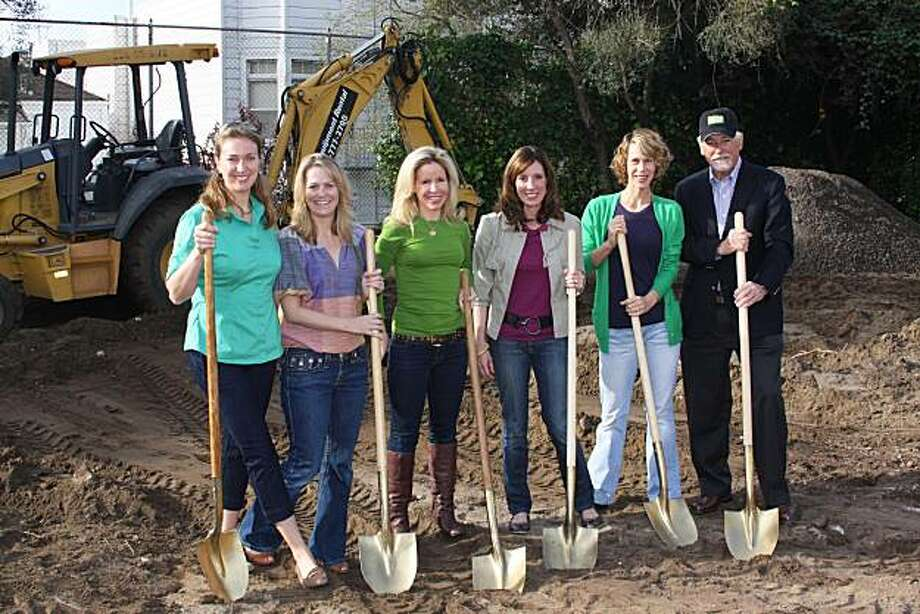 Lucy Hume Koukopulos with (from left) Leigh Maurus, Lana Adair, Amy McNamara, Melissa Barber, Parks Commission President Mark Buell. March 2010 Photo: Courtesy Of SF Rec & Parks Depar, Special To The Chronicle