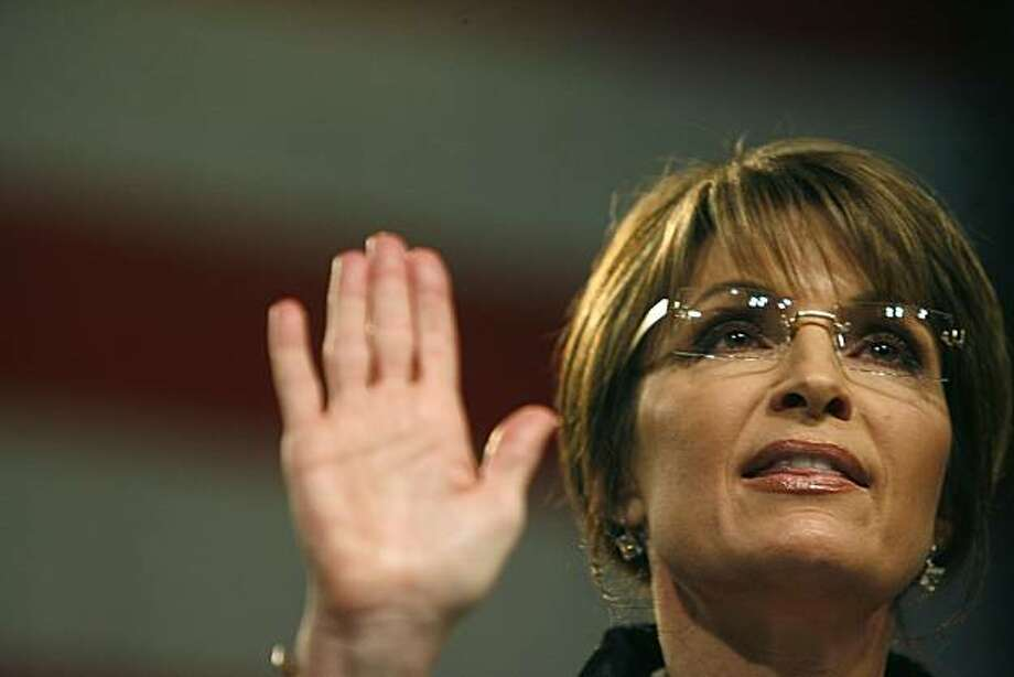 Former Alaska Gov. Sarah Palin spoke at a rally for Rep. Michele Bachmann (R-Minn.) in Minneapolis, Minnesota, Wednesday, April 7, 2010. (Elizabeth Flores/Minneapolis Star Tribune/MCT) Photo: Elizabeth Flores, MCT