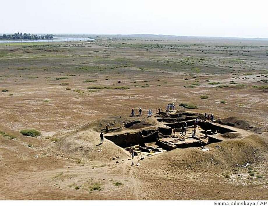 This Aug. 15, 2005 photo gives an aerial view of the citadel of Itil, a Silk Road city that served as the Khazar capital, near Astrakhan, about 800 miles (1280 km) south of Moscow. The Khazars established the first feudal state in eastern Europe. A Russian archaeologist says he has found the lost capital of the Khazar empire, a powerful medieval state that once stretched from the northern shores of the Black Sea to Central Asia and whose rulers adopted Judaism as their state religion. (AP Photo/Emma Zilivinskaya) Photo: Emma Zilinskaya, AP