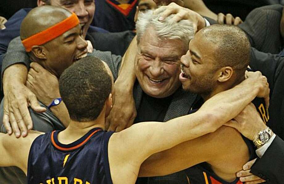 Golden State Warriors coach Don Nelson celebrates with his players following a 116-107 win over the Minnesota Timberwolves at the Target Center in Minneapolis, Minnesota, on Wednesday, April 7, 2010. With the win, Nelson set an NBA record for career victories with 1,333, passing Lenny Wilkens. (Marlin Levison/Minneapolis Star Tribune/MCT) Photo: Marlin Levison, MCT