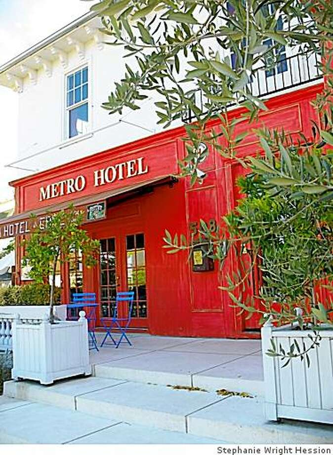 Exterior shot at the Metro Hotel in Petaluma. Photo: Stephanie Wright Hession