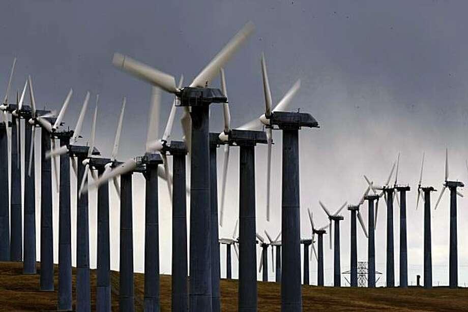 Texas, Iowa top U S  in wind power - SFGate