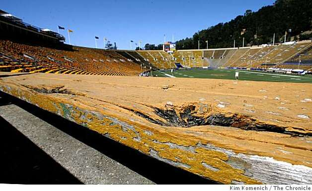 Some of the wooden seats at Memorial Stadium at U.C. Berkeley in Berkeley Calif., as photographed on Saturday, Aug. 30, 2008, show signs ow wear and weathering. Photo: Kim Komenich, The Chronicle