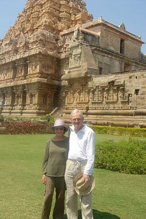 Pete and Milli Gandell at the Mylapore Temple, Madras. Photo: N/a