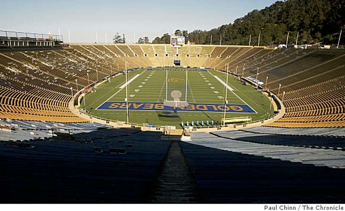 Cal's Memorial Stadium is seen in Berkeley, Calif., on Wednesday, Sept. 24, 2008. Engineers have come up with an earthquake retrofit design for the aging stadium which sits directly on the Hayward Fault.