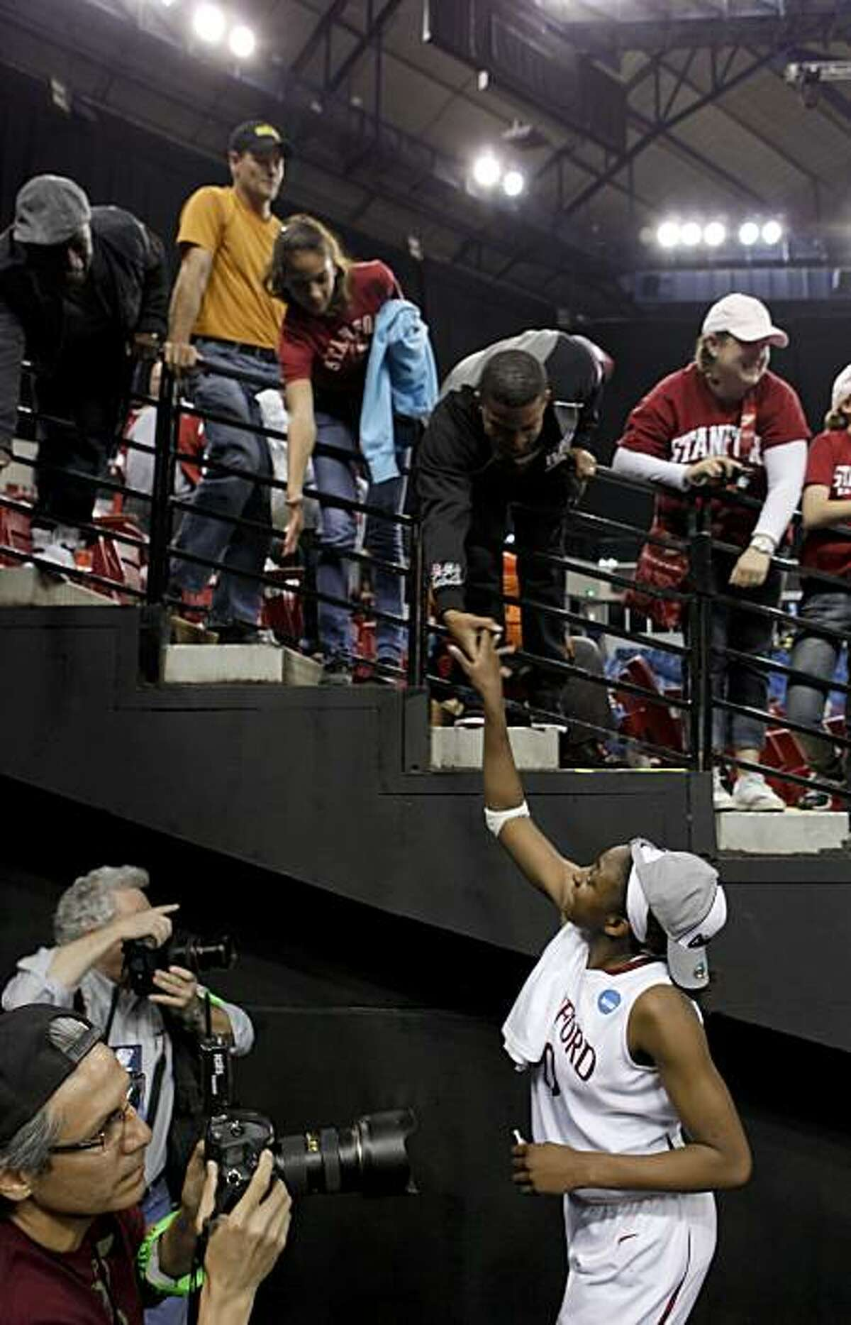 Stanford's Nnemkadi Ogwumike thanks fans after Stanford beat Xavier in the regional final of the 2010 NCAA Women's Basketball Tournament at Arco Arena in Sacramento on Monday.