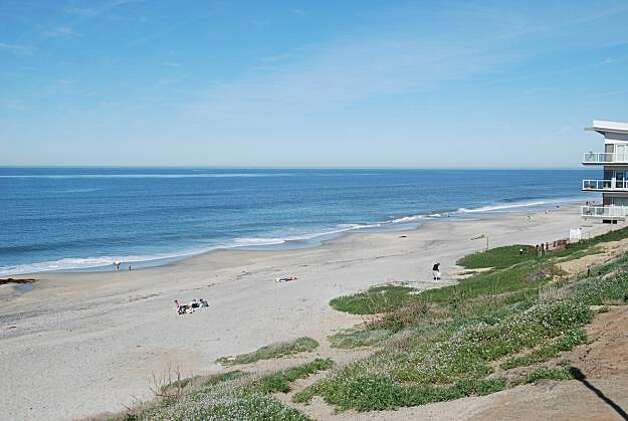 Carlsbad's Tamarack Beach Photo: Jill K. Robinson