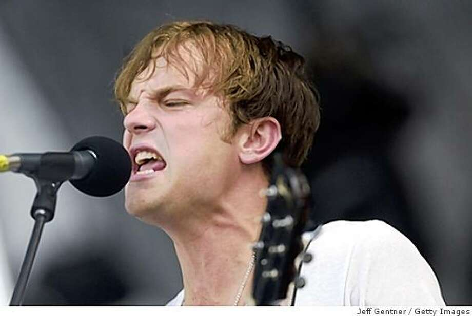 Caleb Followill of Kings of Leon performs during the third and final day of Lollapalooza at Grant Park on August 5, 2007, in Chicago. Photo: Jeff Gentner, Getty Images