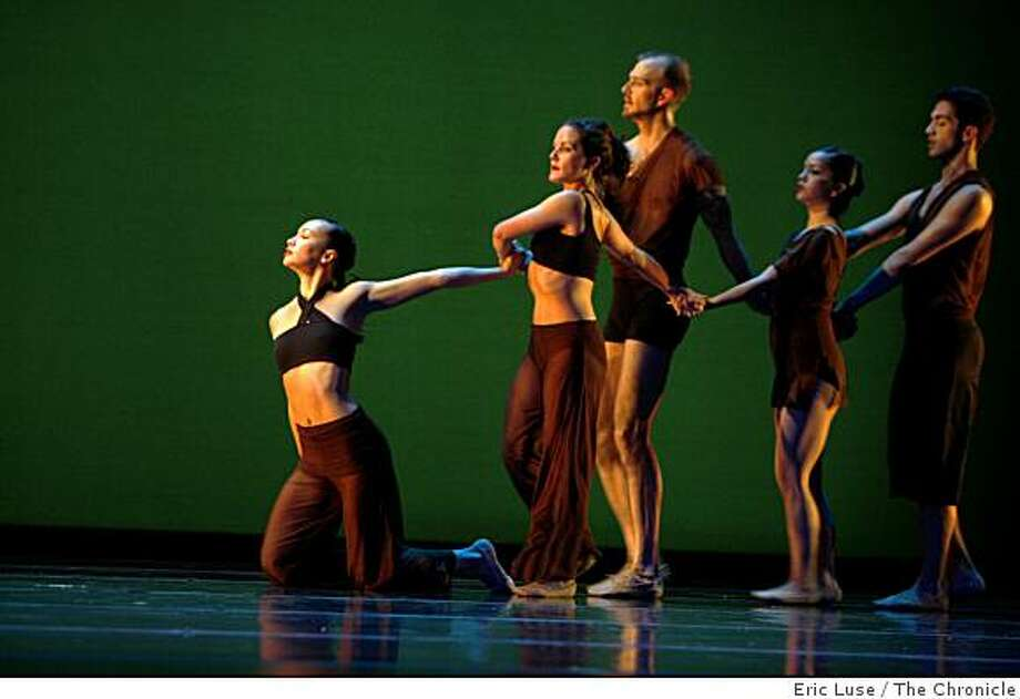 "Antoinette Lum leads fellow dancers Amy Foley, Todd Eckert, Natasha Johnson and Nicholas Korkos in Choreographer Robert Moses' Kin's  new piece called ""Toward September"" at Yuerba Buena Center for The Arts in San Francisco  photographed on Thursday, September 18, 2008. Photo: Eric Luse, The Chronicle"