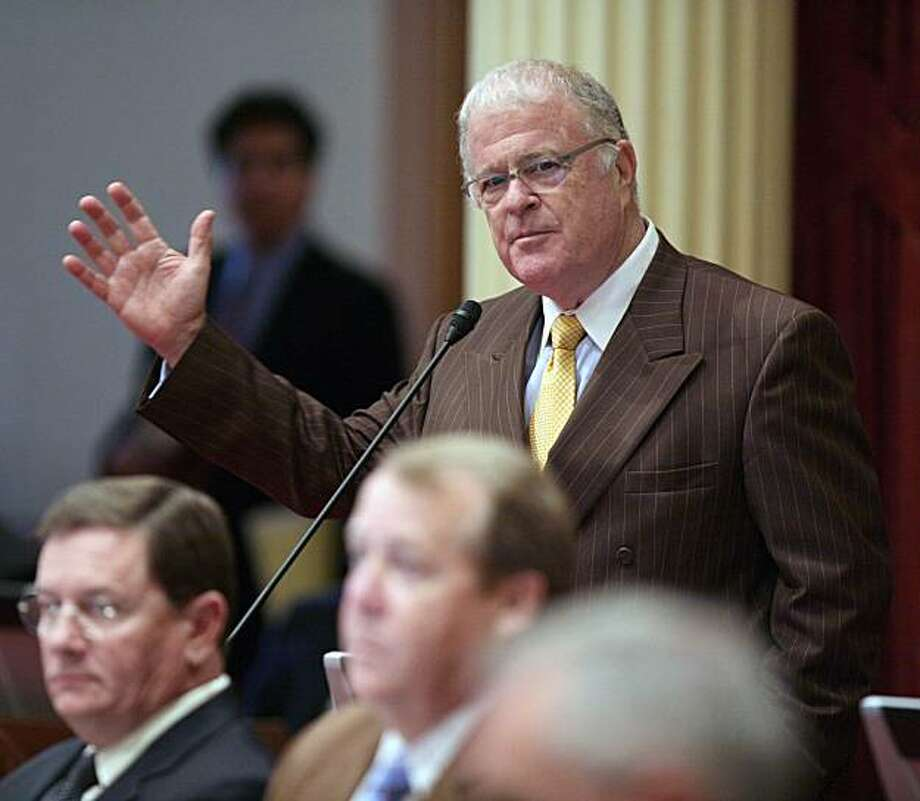 California Senate President Pro Tem Don Perata, D-Oakland, speaks before members vote on passing the state budget at the Capitol in Sacramento, Calif., on Friday, Sept. 19, 2008. (AP Photo/Steve Yeater) Photo: Steve Yeater, AP