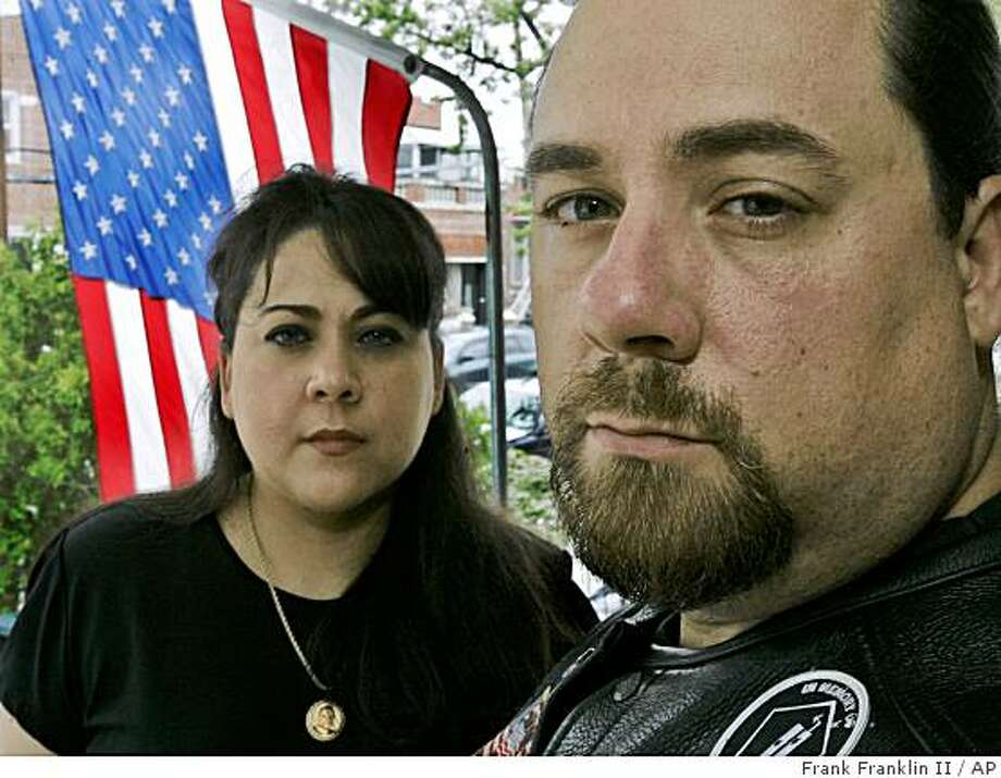 ** ADVANCE FOR THURSDAY SEPT. 11 ** Michelle Cartier and her brother John, right, pose for a portrait Saturday, Sept. 6, 2008  in the Queens borough of New York.  (AP Photo/Frank Franklin II) Photo: Frank Franklin II, AP