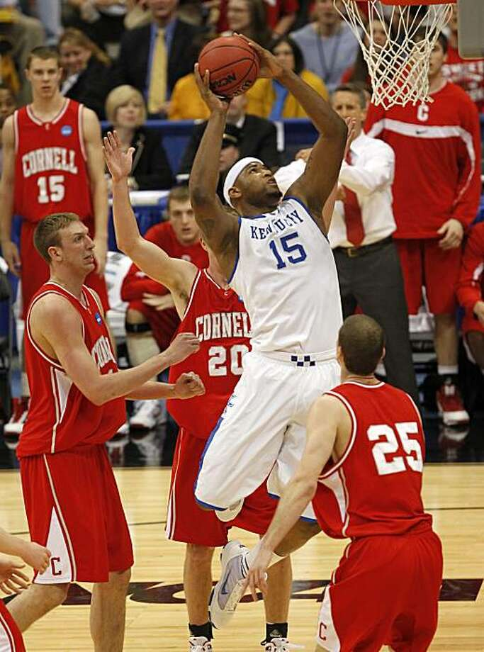 Kentucky's DeMarcus Cousins (15) goes inside for a first-half basket against Cornell in the men's NCAA Basketball Tournament in Syracuse, New York, Thursday, March 25, 2010. (Mark Cornelison/Lexington Herald-Leader/MCT) Photo: Mark Cornelison, MCT