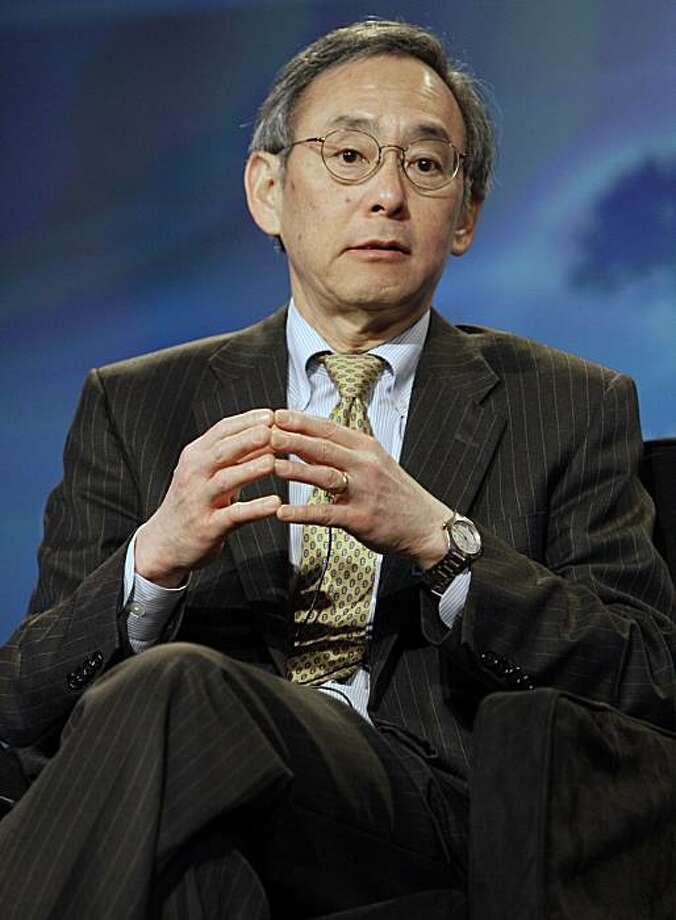 U.S. Secretary of Energy Steven Chu speaks at CERAWEEK 2010, a global energy conference hosted by IHS Cambridge Energy Research Associates Tuesday, March 9, 2010 in Houston. Photo: Pat Sullivan, AP