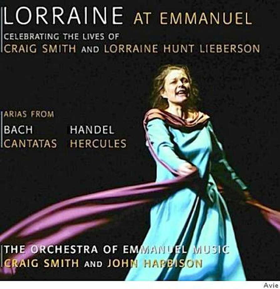 CD cover Photo: Avie