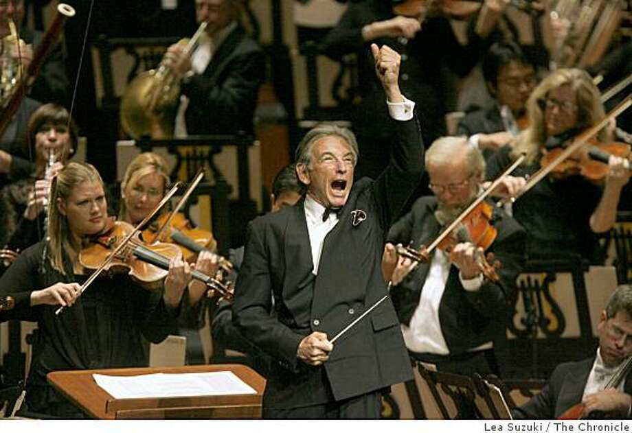 Michael Tilson Thomas conducts the Star-Spangled Banner during The Opening Gala at Davies Symphony Hall. Photo: Lea Suzuki, The Chronicle