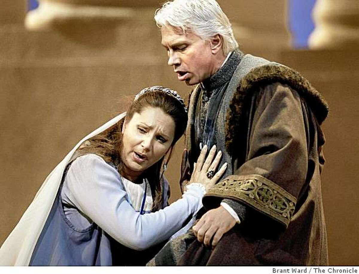 Barbara Frittoli as Amelia, left, and Dmitri Hvorostovsky as Simon as Simon discovers that Amelia is his daughter. SF Opera opens its season with Verdi's epic Simon Boccanegra. These from dress rehearsal Tuesday, September 2, 2008.