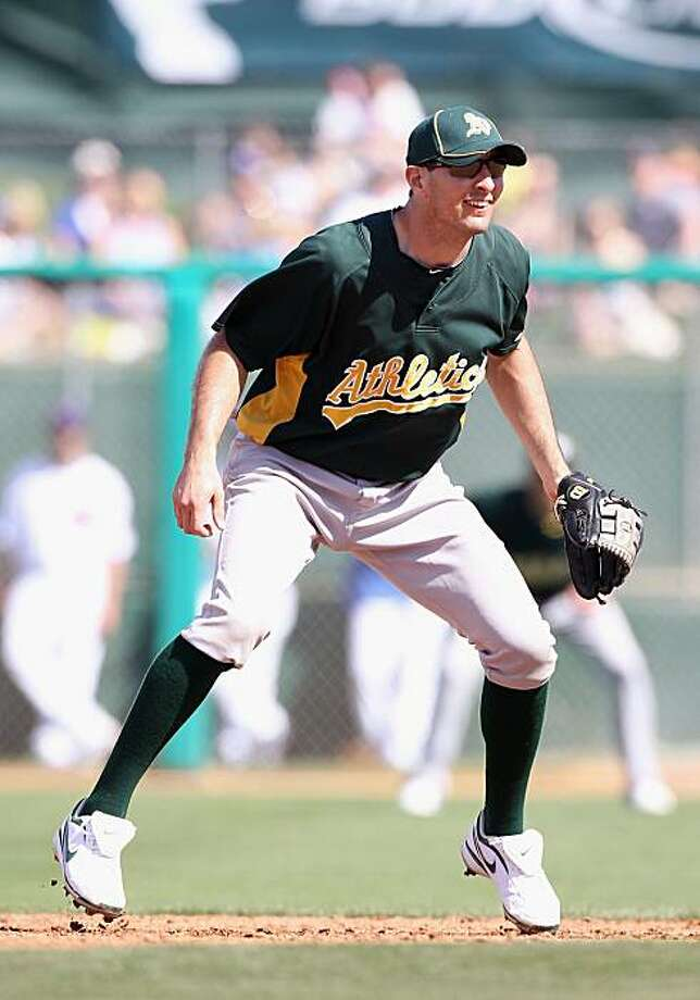 MESA, AZ - MARCH 04:  Infielder Adam Rosales #7 of the Oakland Athletics in action during the MLB spring training game against the Chicago Cubs at HoHoKam Park on March 4, 2009 in Mesa, Arizona. The Cubs defeated the A's 9-3.  (Photo by Christian Petersen/Getty Images) Photo: Christian Petersen, Getty Images