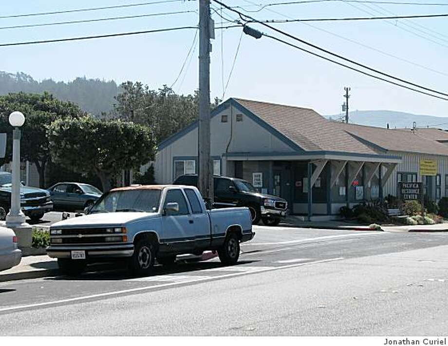 The corner of Santa Maria and Palmetto avenues in Pacifica Photo: Jonathan Curiel