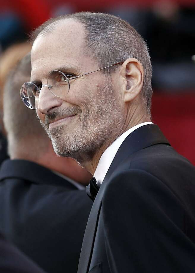 Steve Jobs arrives during the 82nd Academy Awards Sunday,  March 7, 2010, in the Hollywood section of Los Angeles. Photo: Matt Sayles, AP