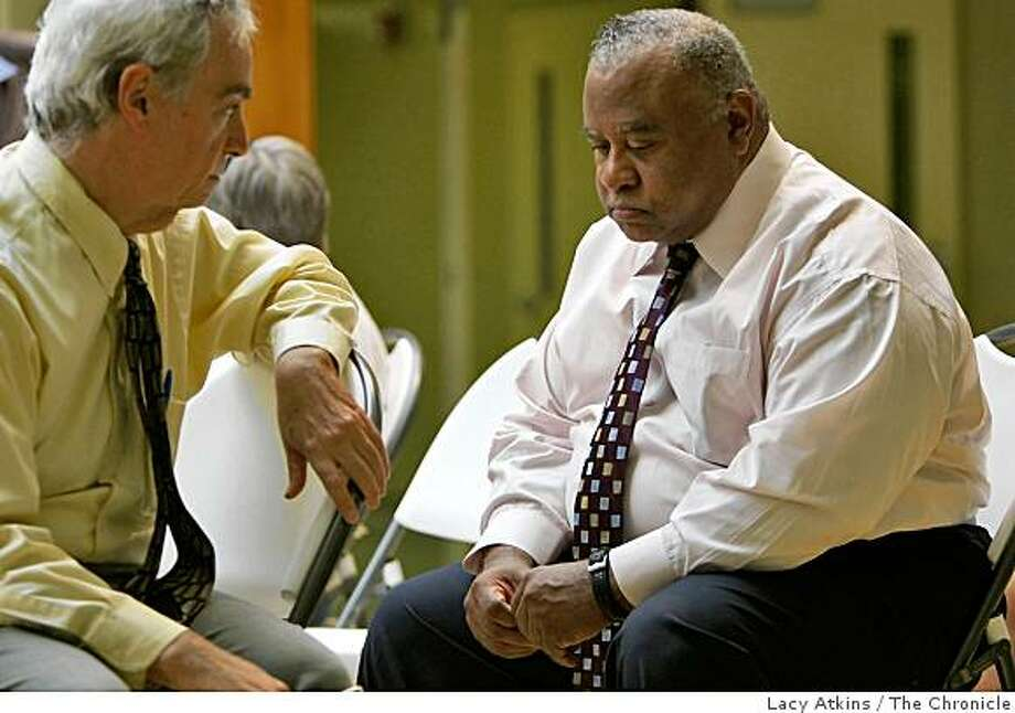 Assistant Superintendent Joe Frantz, left,  talks with Superintendent Stephen Wesley before the Emery Unified School District Board Meeting where Wesley apologies and ask for forgiveness,  Thursday Sept 4, 2008, in Emeryville, Calif. Photo: Lacy Atkins, The Chronicle