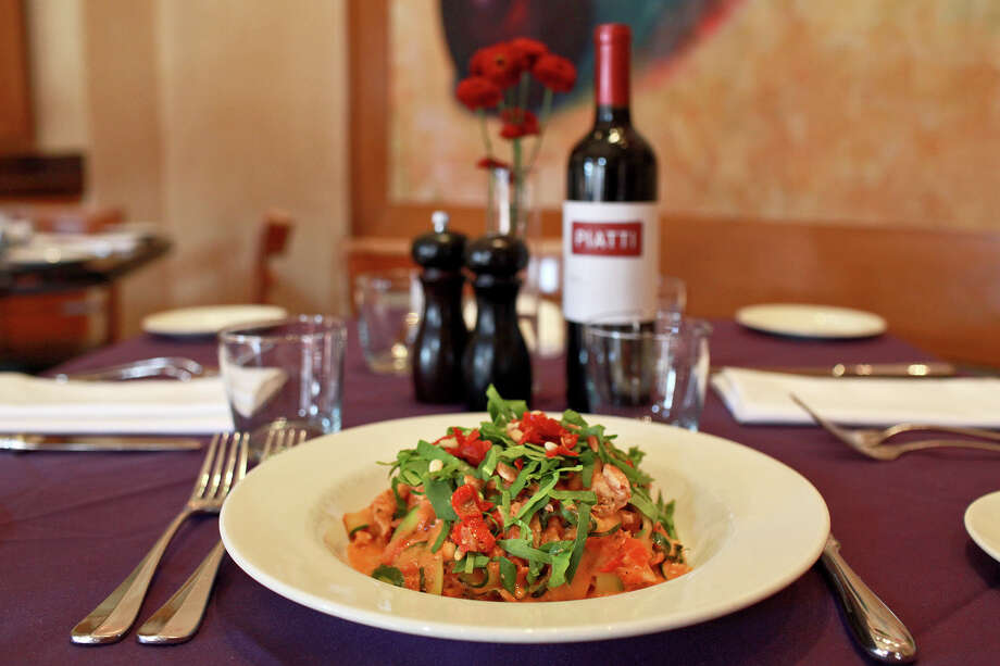 Piatti,255 E. Basse Road at Quarry Market, Suite 500, 210-832-0300 Meet for a power lunch: Since it opened nearly 15 years ago, Piatti has been a hotspot for business meetings and lunches. In fact, if you want to impress your client, you'd best make a reservation, as lines can get long at noon. Its reputation as a good meeting place is spot on; service is excellent without being pretentious or overbearing. A private room offers space for larger business meetings. Photo: Lisa Krantz, San Antonio Express-News / @2012 SAN ANTONIO EXPRESS-NEWS
