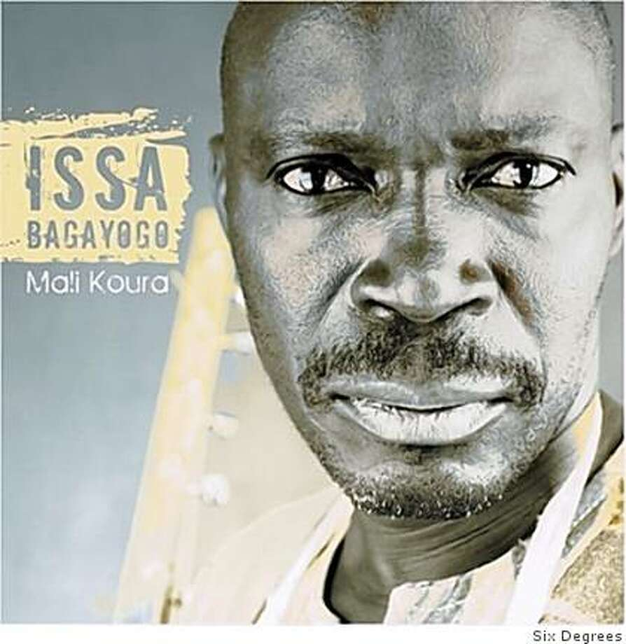 CD cover: Issa Bagayogo Photo: Six Degrees
