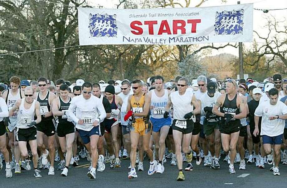The Napa Valley Marathon 2003 Photo: Brant Ward, The Chronicle