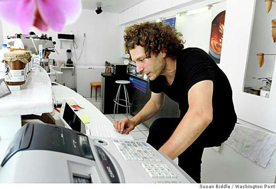 """When Robb Duncan opened his second gelato shop in July, he used his blog to advertise an opening-night ice cream giveaway _ and ended up serving more than 1,000 customers that night. """"It's a small business, so we don't have a marketing budget,"""" says Duncan, photographed in his Washington shop Dolcezza. """"It's kind of guerrilla marketing, and it's free."""" Illustrates BIZBLOGS (category f), by Sarah Halzack (c) 2008, The Washington Post. Moved Monday, Aug. 25, 2008. (MUST CREDIT: Washington Post photo by Susan Biddle.) When Robb Duncan opened his second gelato shop in July, he used his blog to advertise an opening-night ice cream giveaway _ and ended up serving more than 1,000 customers that night. """"It's a small business, so we don't have a marketing budget,"""" says Duncan, photographed in his Washington shop Dolcezza. """"It's kind of guerrilla marketing, and it's free."""" Illustrates BIZBLOGS (category f), by Sarah Halzack (c) 2008, The Washington Post. Moved Monday, Aug. 25, 2008. (MUST CREDIT: Washington Post photo by Susan Biddle.) Photo: Washington Post THE WASHINGTON P"""