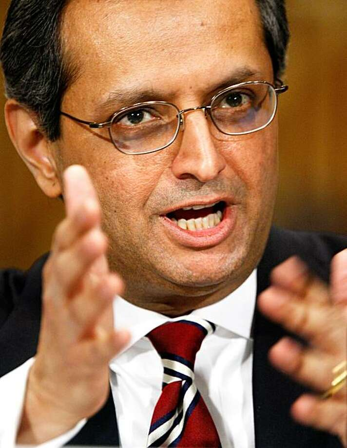 "WASHINGTON - MARCH 04:  Citigroup CEO Vikram Pandit testifies during a hearing before the Congressional Oversight Panel that was created to oversee the expenditure of the Troubled Asset Relief Program (TARP) March 4, 2010 on Capitol Hill in Washington, DC. Pandit said ""Citi supports prudent and effective reform of the financial regulatory system"" in his opening statement. Photo: Alex Wong, Getty Images"