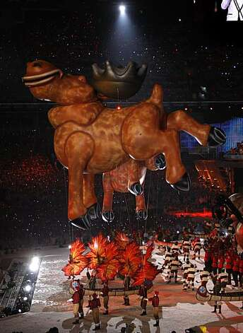A moose balloon floats above the festivities at the Closing Ceremonies of the Winter Olympic Games in Vancouver, British Columbia, on Sunday, Feb. 28, 2010. Paul Chinn/Chronicle Olympic Bureau Photo: Paul Chinn, The Chronicle
