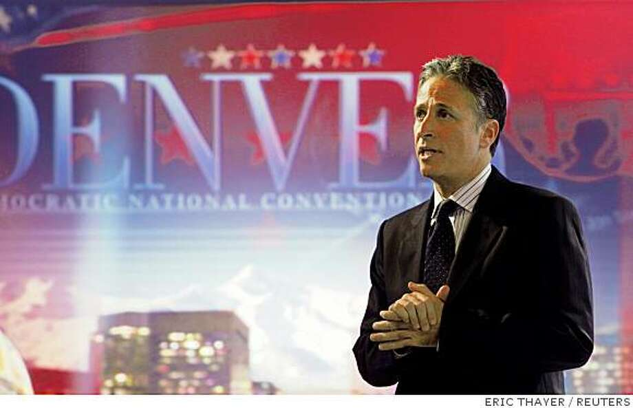 "Comedian Jon Stewart tapes Comedy Central's ""The Daily Show with Jon Stewart"" at the University of Denver in Denver, August 26, 2008.  REUTERS/Eric Thayer (UNITED STATES) US PRESIDENTIAL ELECTION CAMPAIGN 2008  (USA) Photo: ERIC THAYER, REUTERS"