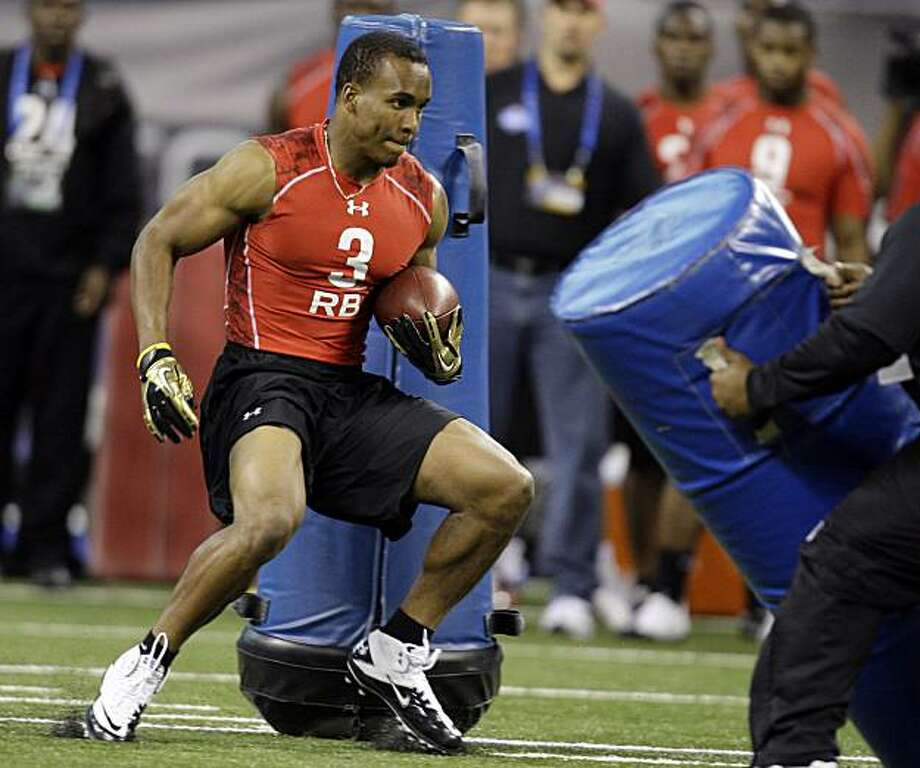 California's Jahvid Best (3) runs a drill at the NFL football scouting combine in Indianapolis, Sunday, Feb. 28, 2010. Photo: Michael Conroy, AP