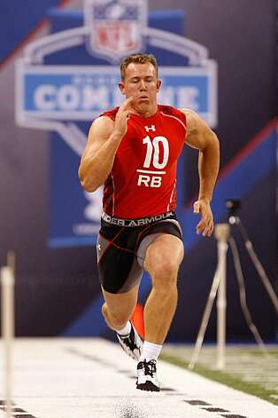 INDIANAPOLIS, IN - FEBRUARY 28: Running back Toby Gerhart of Stanford runs the 40 yard dash during the NFL Scouting Combine presented by Under Armour at Lucas Oil Stadium on February 28, 2010 in Indianapolis, Indiana. Photo: Scott Boehm, Getty Images
