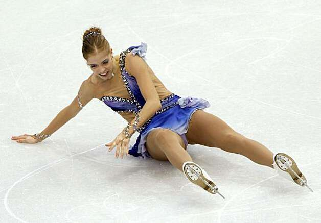 Carolina Kostner of Italy performs in the free program of the women's figure skating competition at the Winter Olympic Games in Vancouver, British Columbia, on Thursday, Feb. 25, 2010. A series of falls marred her program. Paul Chinn/Chronicle Olympic Bureau Photo: Paul Chinn, The Chronicle