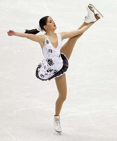 Sonia La Fuente of Spain performs in the free program of the women's figure skating competition at the Winter Olympic Games in Vancouver, British Columbia, on Thursday, Feb. 25, 2010. Paul Chinn/Chronicle Olympic Bureau Photo: Paul Chinn, The Chronicle