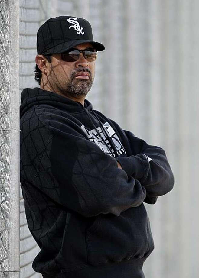 Chicago White Sox manager Ozzie Guillen watches his pitchers throw during baseball spring training practice Wednesday, Feb. 24, 2010, in Glendale, Ariz. Photo: Mark Duncan, AP