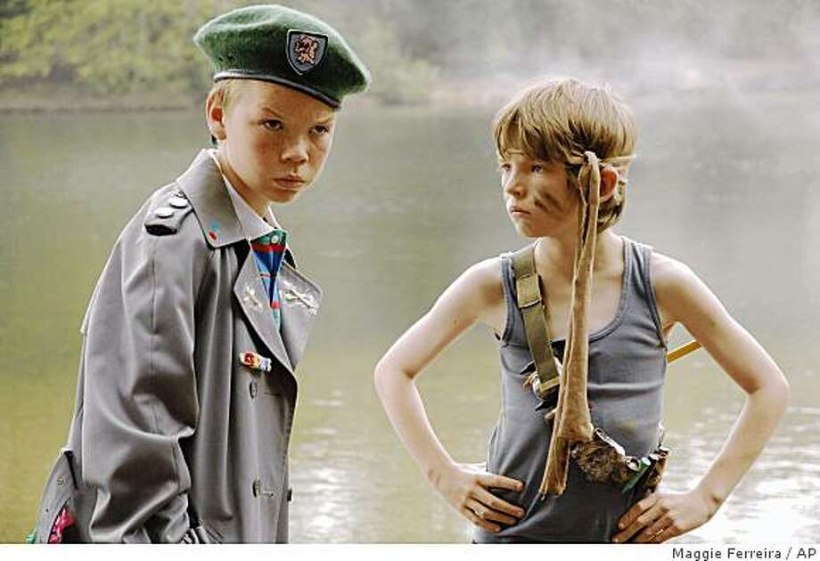 In this image released by Paramount Vantage, Bill Milner stars as Will Proudfoot, right, and  Will Poulter stars as Lee Carter in the film Son of Rambow. (AP Photo/Paramount Vantage, Maggie Ferreira)** NO SALES ** Photo: Maggie Ferreira, AP
